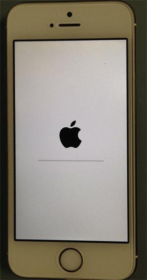 iphone5S_再起動画面