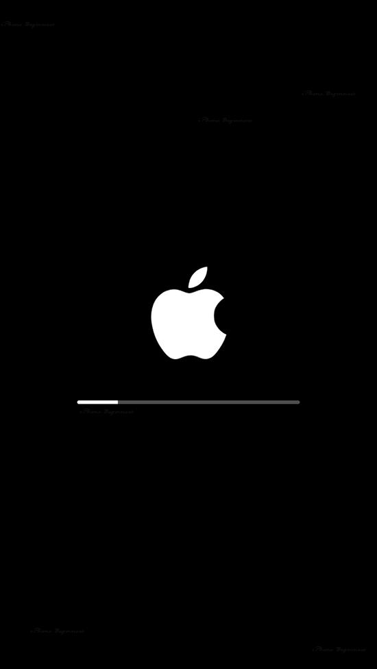 iPhone_アップデート中画面